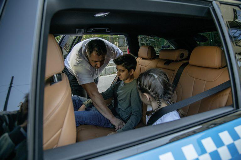Thumbnail Buddyfahrt Kinder im Auto
